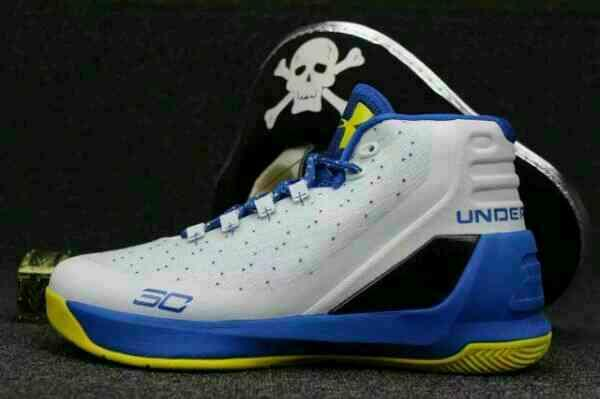 under-armour-curry-3-warriors_o5613l